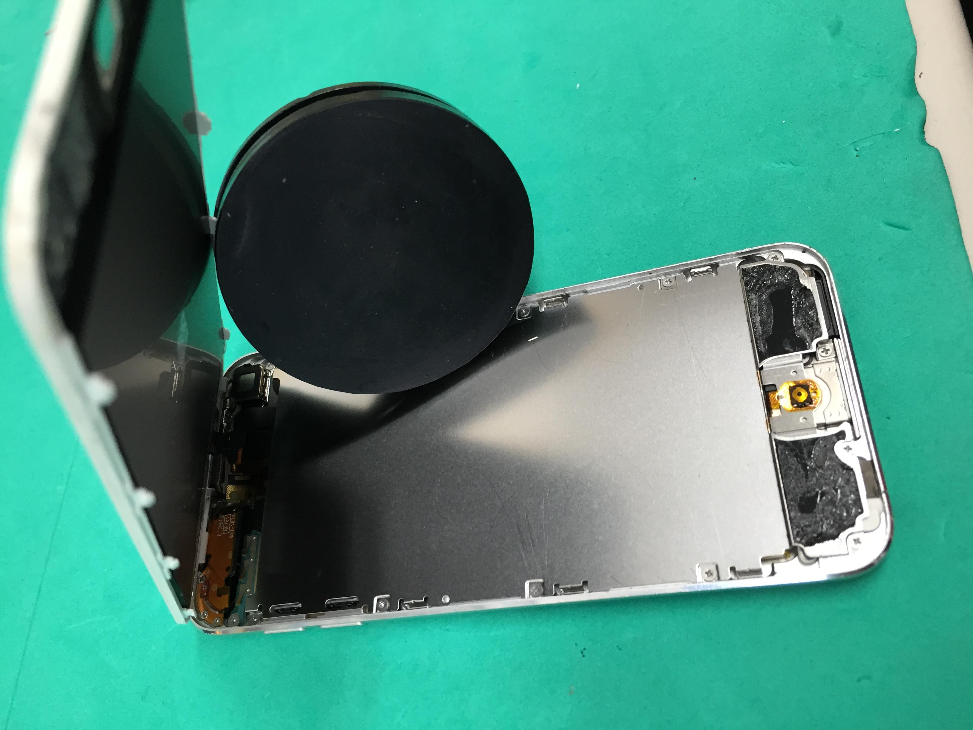 iPod touchの液晶交換も対応できます!