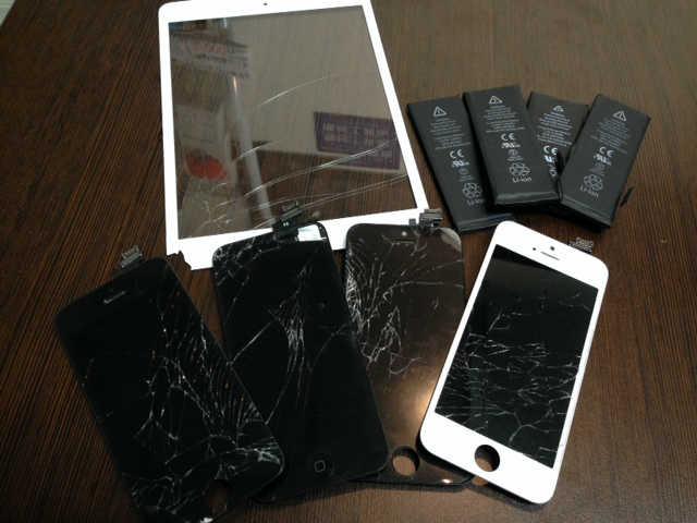 iPhoneの画面を交換したものたち