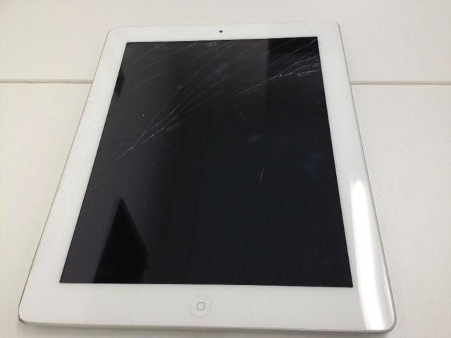 iPadのちょっとした画面ひび割れ!